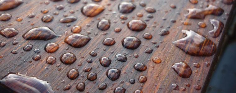 Jak dbać o naturalne drewno?